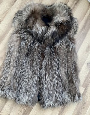 Veste de fourrure gris clair-gris
