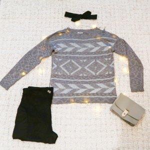 Silbermond | Gemusterter dünner Pullover in Grau & Silber
