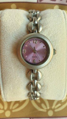 Montre avec bracelet métallique argenté-rose métal