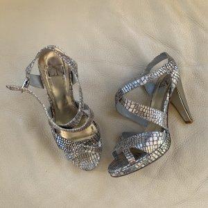 silberne High Heels!!