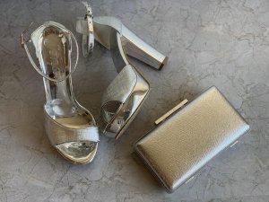 Silberne High Heels Sandaletten mit Clutch
