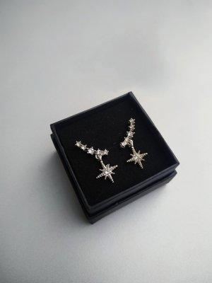 Silberne Ohrringe Ohrstecker Stern Reihe Strass besetzt - Modeschmuck