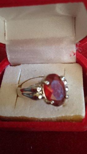 Silberne  Ring mit rotem Stein Gr.18