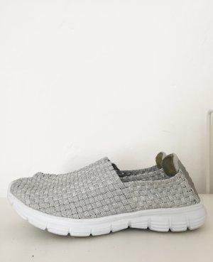 Silberne Schuhe / Schlüpfsneaker  von Infinity