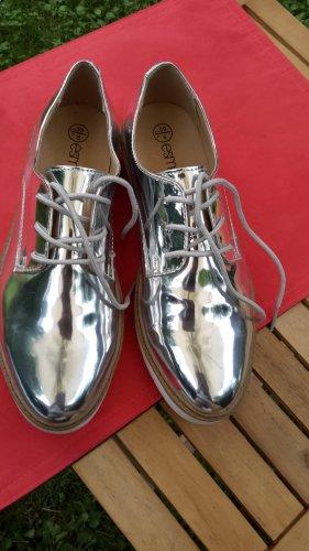 silberne sneakers 39