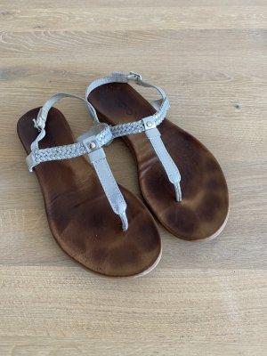 Inuovo Sandalo toe-post argento