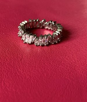 Silberner Eternity Band Ring