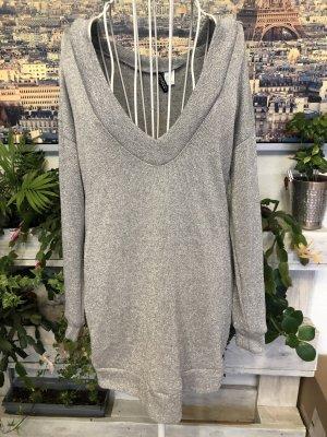 Capuchon sweater zilver