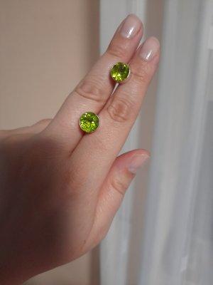 Clou d'oreille argenté-vert gazon