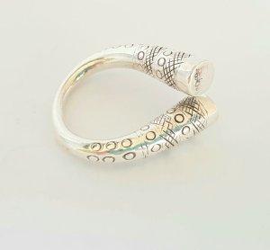 Silver Ring light grey