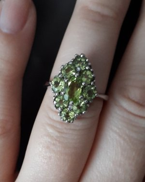 Anello d'argento argento-verde prato
