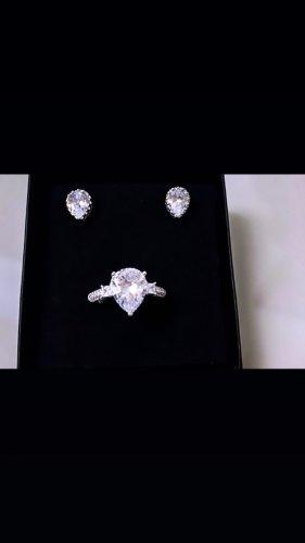 Srebrny pierścionek biały-srebrny