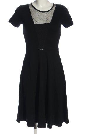 Simple Shortsleeve Dress black casual look