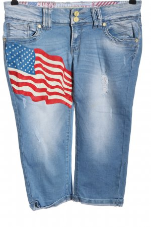 Simply Chic 3/4 Length Jeans themed print casual look