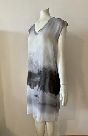 Sisley Vestido camisero gris-negro