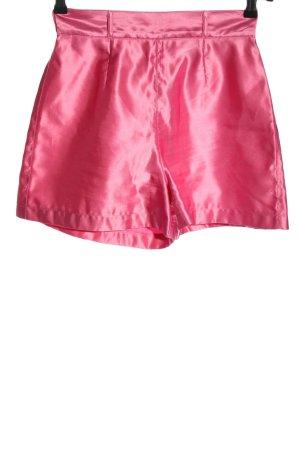 Sisley Pantalón corto de talle alto rosa look casual