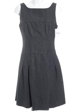 Sisley Trägerkleid grau-dunkelgrau Nadelstreifen schlichter Stil