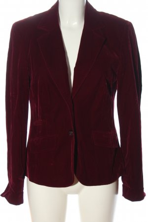 Sixth Sense Tailcoat red casual look