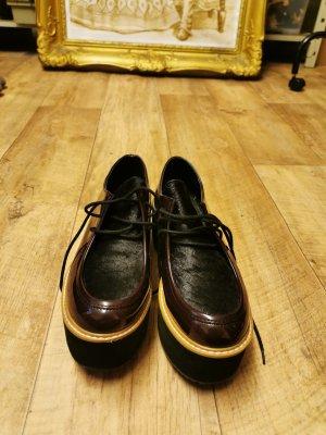 Sixtyseven Plateau Schuhe in lila, schwarz. sind sehr schmal geschnitten und nur anprobiert. Gr. 39