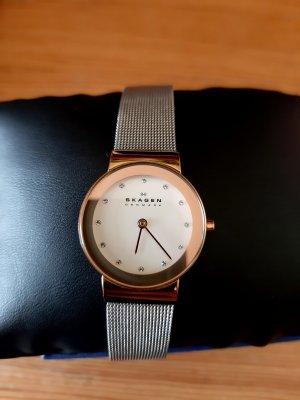 Skagen Montre avec bracelet métallique argenté-or rose