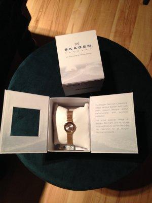 SKAGEN Armbanduhr Damen Stahl goldfarben