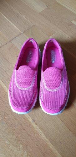 Skechers Bailarinas con punta rosa