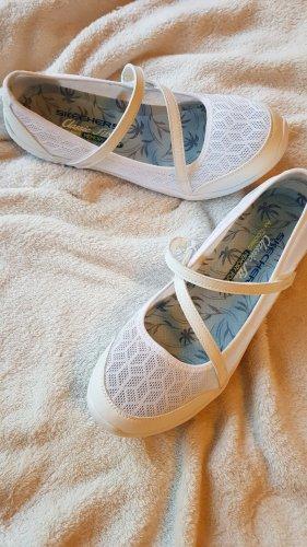 Skechers Mary Jane / Sneakers Be-Light Eyes on Me Gr. 38,5