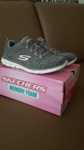 Skechers Memory Foam Gr.38