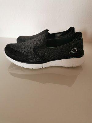 Skechers slipper gr 36  air cooled memory foam