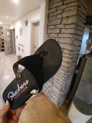 Skechers Yoga Foam Sandaletten Zehentrenner