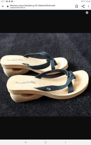 Skechers Entre-doigt bleu acier-crème tissu mixte