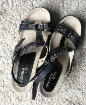 Sketchers Strapped Sandals black-dark brown