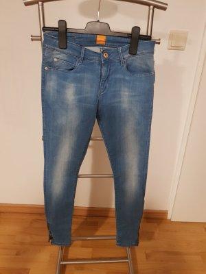 Skinny-fit Jeanshose von Boss Orange Blau kaum getragen  gr 28
