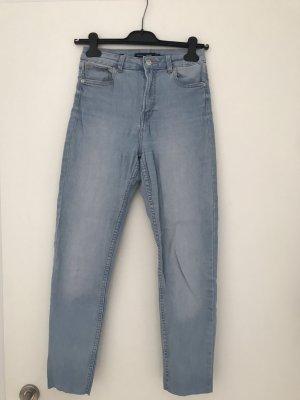 Skinny Highwaist Jeans von Bershka; Größe 36