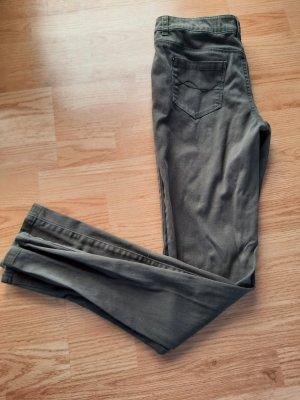 Primark Spodnie rurki khaki