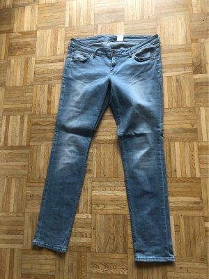 H&M Low Rise jeans leigrijs