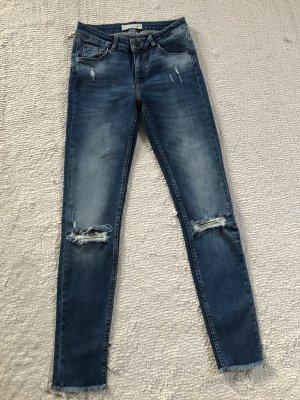 Skinny- Jeans / blau / Gr. 34