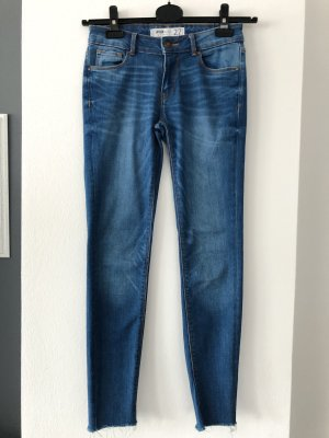 Skinny Jeans • cropped Gr. 36