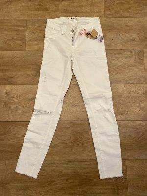 Skinny Jeans deystroyed weiß