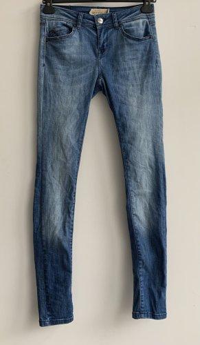 Skinny Jeans // Gr. 26 // S