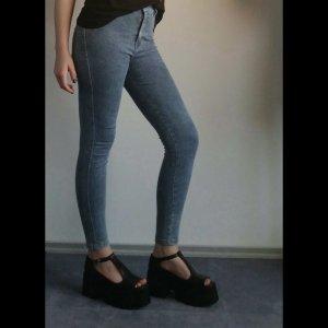 Skinny Jeans Hellblau