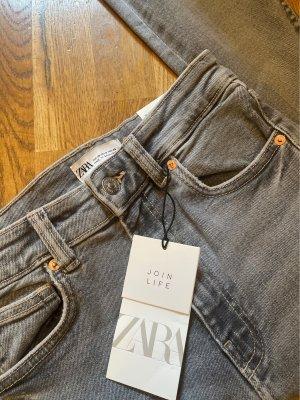Skinny Jeans / hoher Bund / Vintage Look ZARA *neu*