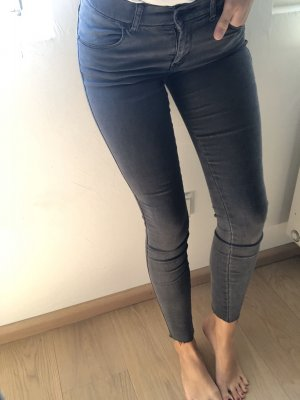 Skinny Jeans in grau