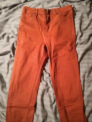 Skinny Jeans in rostrot