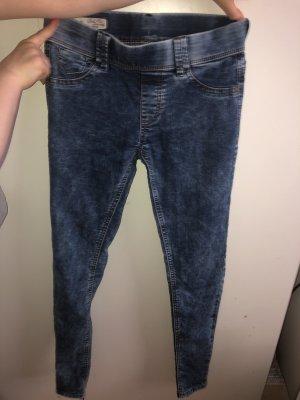 Skinny Jeans/jeggins