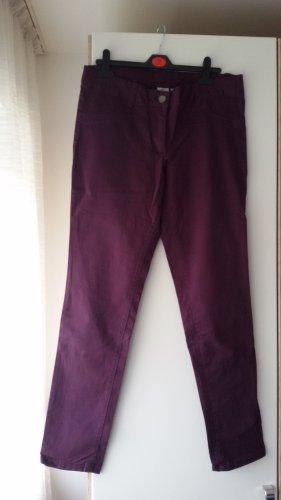 Skinny Jeans lila