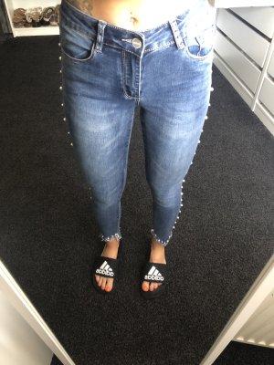 Skinny Jeans Perlen