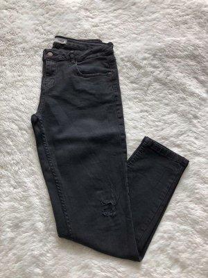 Skinny Jeans schwarz im Used Look, Gr. 38 von Pimkie