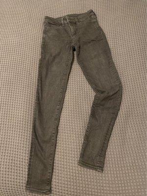 Skinny Jeans, schwarz, stonewashed, low waist
