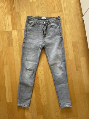 Skinny Jeans von Zara in Größe 44 grau